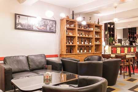 Le bar - Vue intérieure III