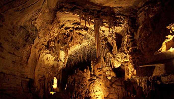 Les Grottes d'Arcy-sur-Cure